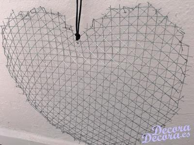 Un corazón DIY de estilo provenzal.