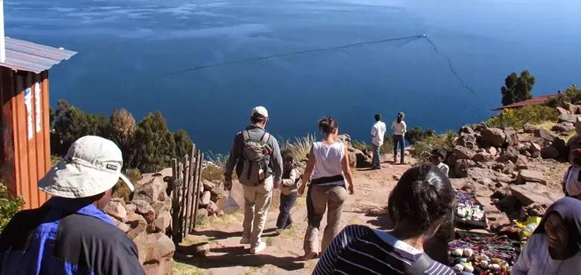 TURISMO EN EL LAGO TITICACA | TOUR ISLA TAQUILE TRADICIONAL