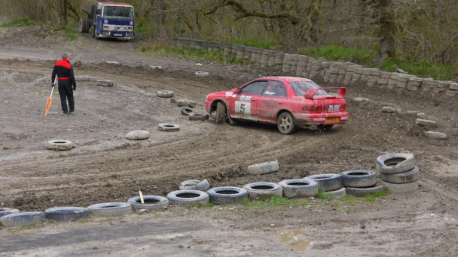 Phil Price Rally School RWD Impreza, skids
