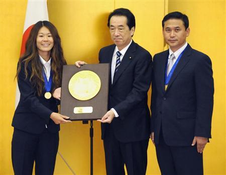 サッカー女子「なでしこジャパン」に国民栄誉賞