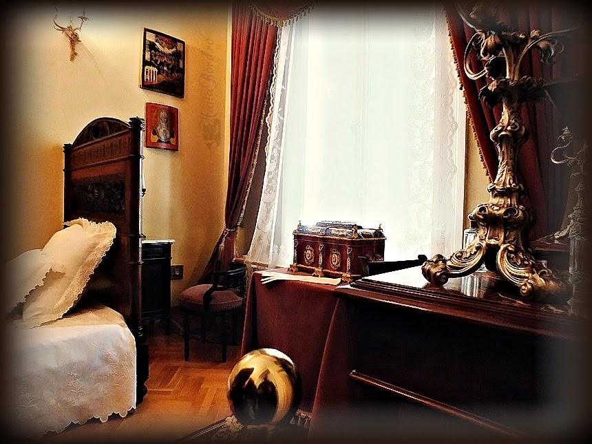 dormitor muzeul unirii iasi