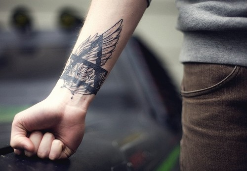boys tattoo design in hands