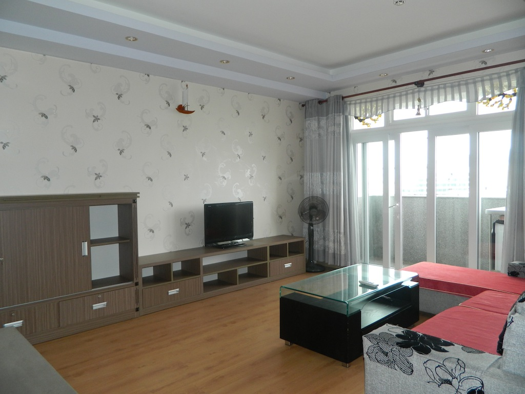TWO MINUTES TO THE BEACH Full furnished Apartment for Rent