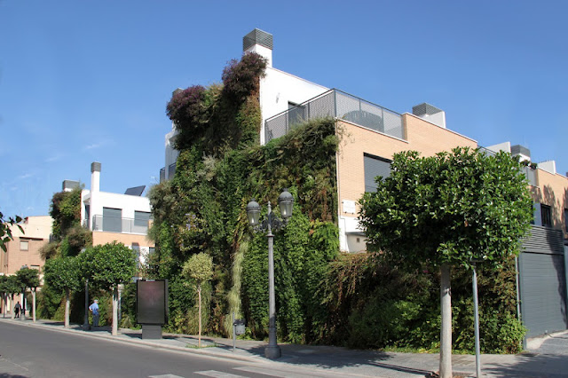 Jardín vertical de Paterna. Valencia