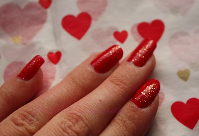 Nails Inc. Big Apple Red and Glamour Glitter