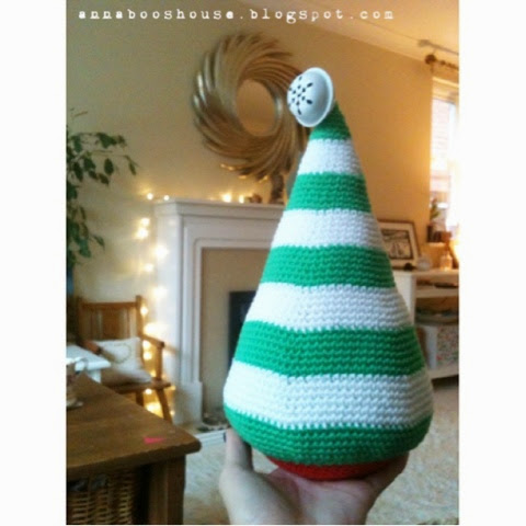 Annaboos House A Big Crocheted Christmas Tree Free Pattern