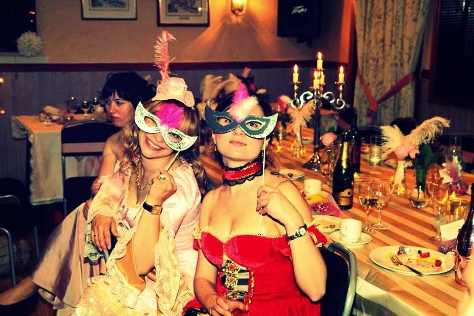 Пять русских студенток устроили себе вечеринку пять русских студенток устроили себе вечеринку фото 182-718