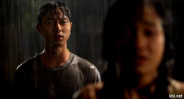 ảnh chia tay trong mưa buồn