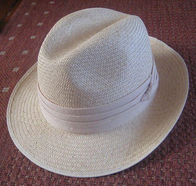 f71104e2a7abd O chapéu continuou em moda para o verão