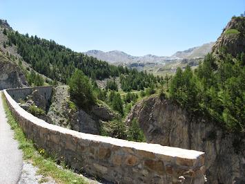 Changement de paysage vers la haute montagne