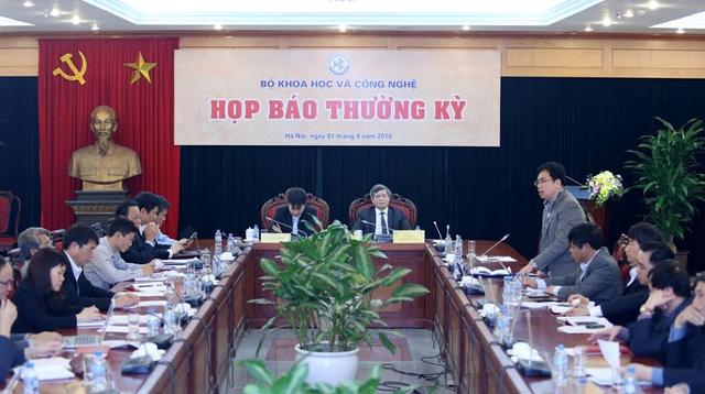 UBND Hà Nội họp báo
