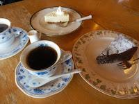 自家焙煎コーヒーとオリジナルケーキ