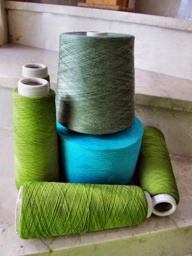Material für Poncho in Grüntönen