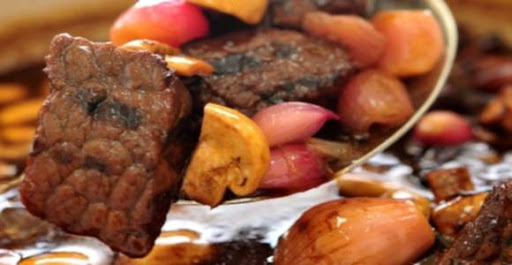 كفتة لحم بقري وضأن مع كوسا وباذنجان