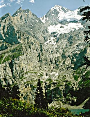 Adelboden Öschinensee Berner Oberland Schweiz