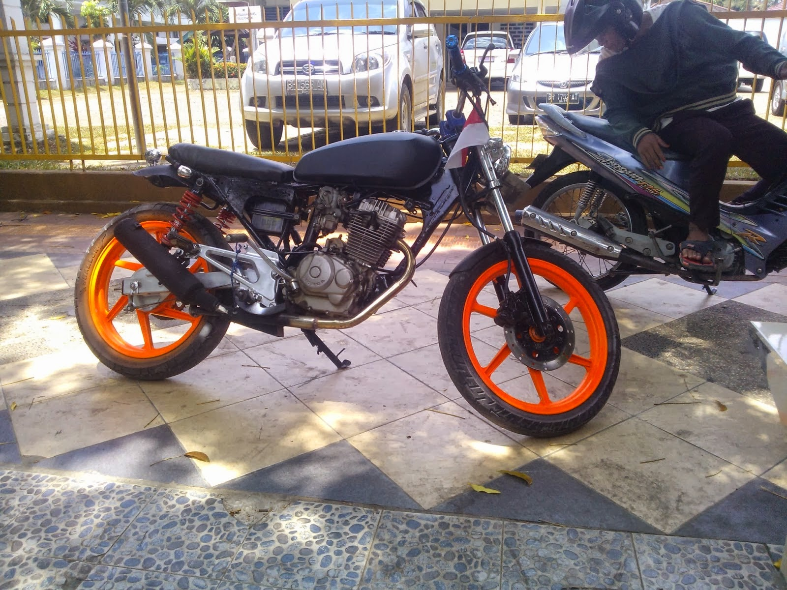 Modifikasi Honda Tiger 2000 Touring