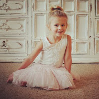 who is Skylynn Queen contact information