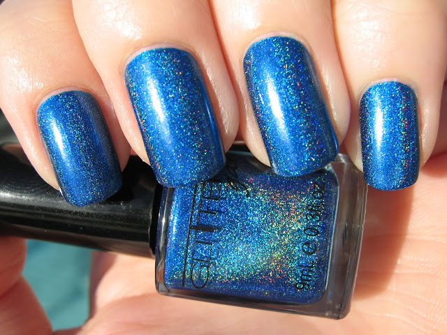 Above is two supremely easy coats of OPI Swimsuit 4af1b6d38