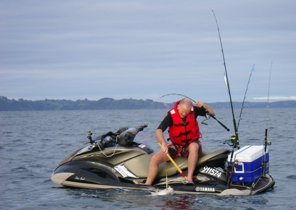 Jet ski fishing blog report 055 the jetskifisho s warm up for Fat guy fishing