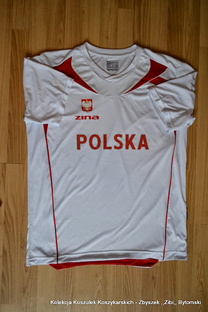 bda16d715a4e17 Jeszcze chcia³bym podziêkowaæ Kubie za koszulki rozgrzewkowe Reprezentacji  Polski Jako jedyny kadrowicz Polski podarowa³ dla SKM swoje koszulki ...