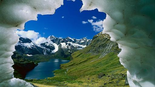 Lake Adelaide Basin,  Darran Mountains, Fiordland National Park, New Zealand.jpg