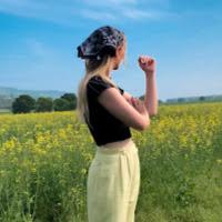 Helen Loraine's avatar