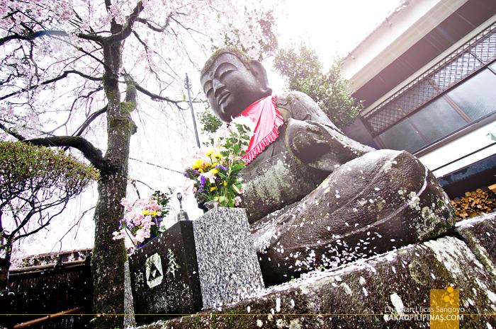 Giant Buddha at Shōgen-ji Temple in Hakone, Japan
