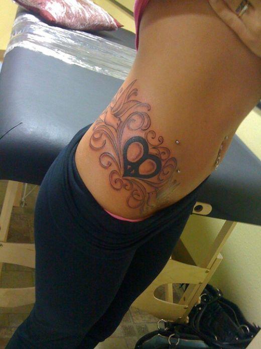 hip bone tattoo. images Stars Hip Bone Tattoo