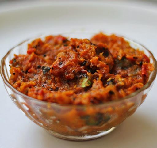 Onion Tomato Chutney Recipe | South Indian Red Chutney for Idli, Dosa from Foodomania.com by Kavitha Ramaswamy