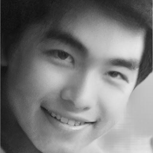 Francis Yang Photo 15
