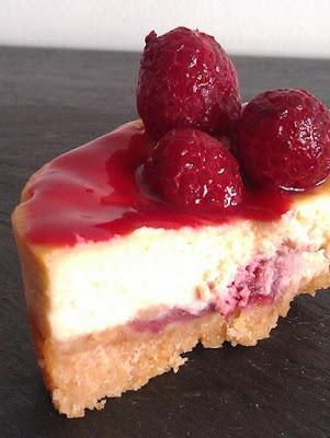 Cheesecake coeur surprise framboise - recette indexée dans les Desserts