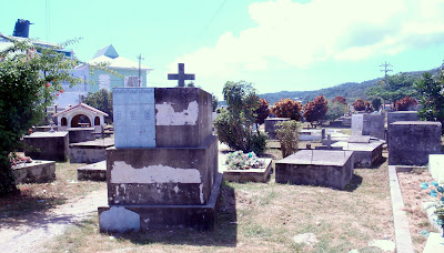 Roatan Cemetery
