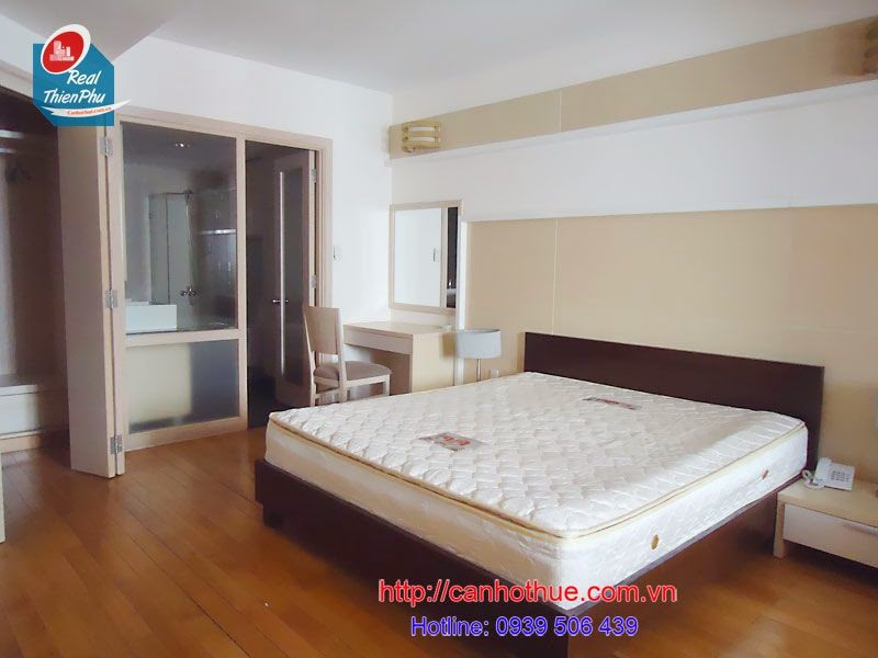 0939506439 Chi 1200 USD cho can ho Central Garden penthouse 150