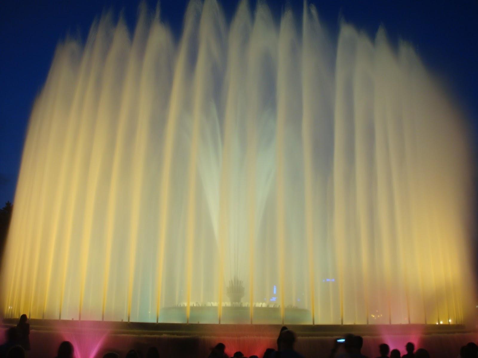 Font Màgica del Montjuïc, Plaza de Espanya, Barcelona, Elisa N, Blog de Viajes, Lifestyle, Travel