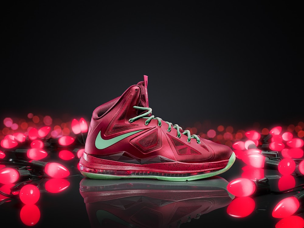 f1b79d95004e Nike Unveils the 2012 Christmas Pack 8211 Kobe Durant and LeBron ...