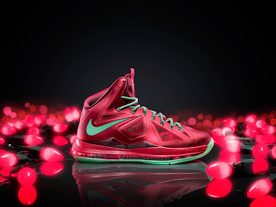 nike lebron 10 xx christmas pack 1 09 Nike Unveils the 2012 Christmas Pack   Kobe, Durant and LeBron