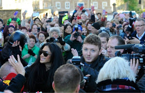 Saltburn by the sea james arthur the homecoming heading the queue to meet james were his family his mum shirls ashworth beamed its incredible so many people last time he played here he had 15 m4hsunfo
