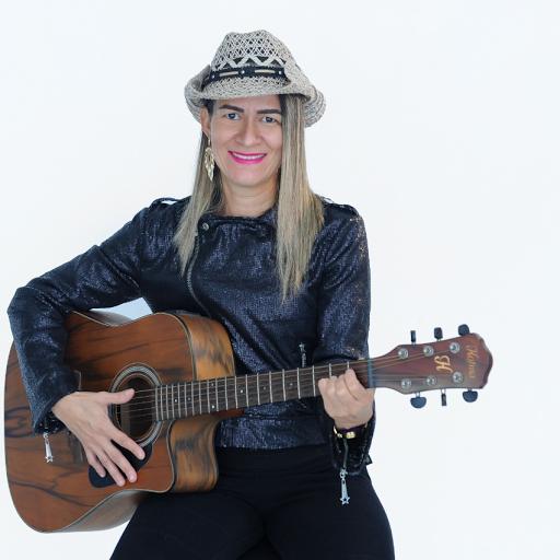 Adriana Salgado Photo 9
