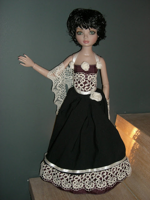 Le 1er bal d'Ello Feeling Drained... et mes premiers pas en couture! CIMG4531