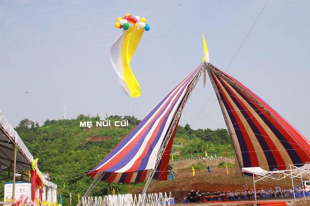 GP Xuân Lộc : Lễ đặt viên đá TT hành hương Đức Mẹ Núi Cúi