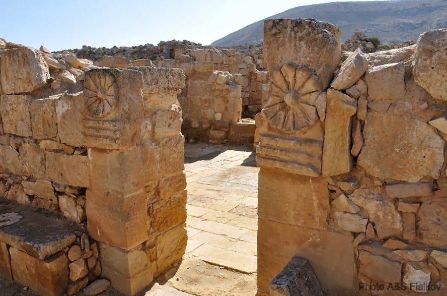 Экскурсия в пустыню Негев, Мамшит, руины церкви Святого Нилуса (западня церковь)