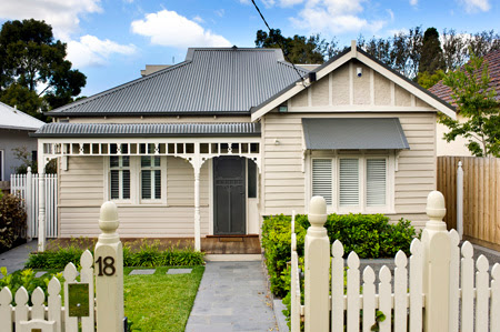 Federation house edwardian style for Weatherboard house designs