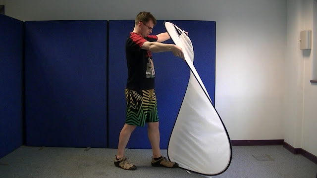 Folding Screens and Reflectors
