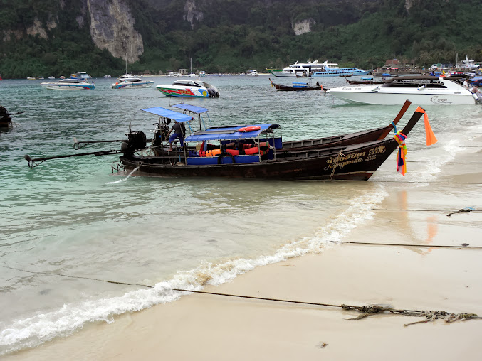 https://lh4.googleusercontent.com/-UYaRmVY3lOk/UpzoaVVIl-I/AAAAAAAADfA/L4GcyNt8po8/w677-h508-no/Tajlandia+2013+171.JPG