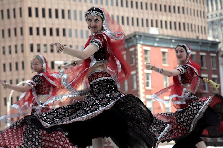 MAYURI DANCE GROUP - Page 2 Mayuri%2520Dance%2520Co%25206