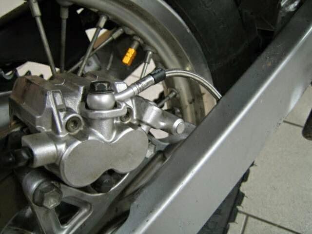 Stahlflexleitungen HINTEN DR BIG SR41-42 mit Schrumpfschlauch