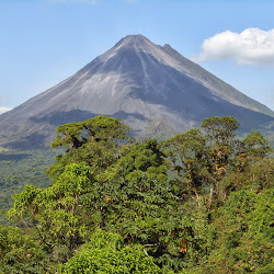 Arenal Volcano's profile photo