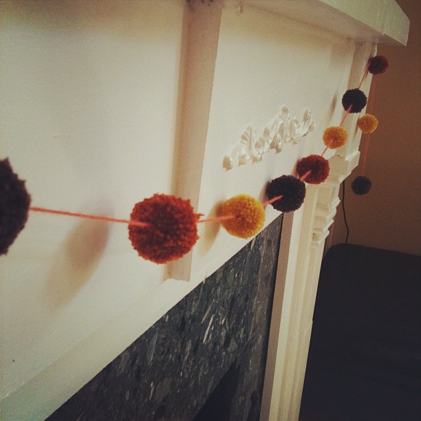 halloween autumn pom pom garland