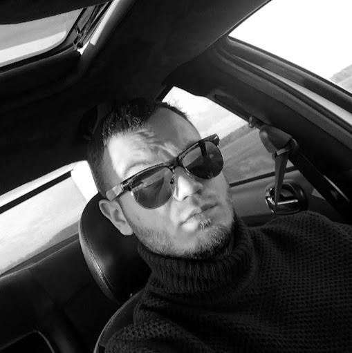 Alex Komar
