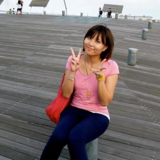 Sabrina Wong Photo 31